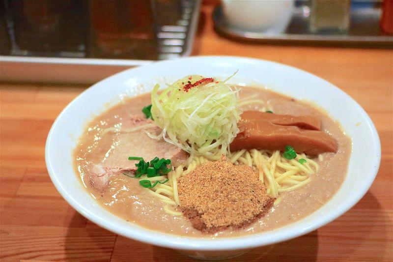 まさにシチュー?京都一乗寺「麺屋 極鶏」超濃厚ラーメンが旨すぎる