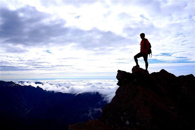 圧倒的な山岳世界!登山愛好家が憧れる四国の頂「石鎚山」