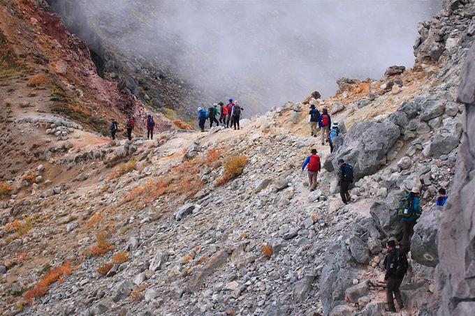秘境「上高地」も!焼岳北峰に広がるアルプスの絶景