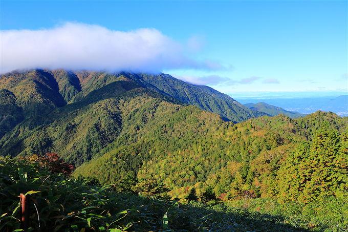 千両山の絶景を越え、ダイナミックな「恵那山」の稜線へ