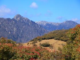 山頂には天空の鳥居も!鈴鹿「入道ヶ岳」へパノラマ登山