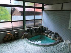 レトロな名水銭湯から秘湯まで!福井「越前大野」と近隣の名湯4選