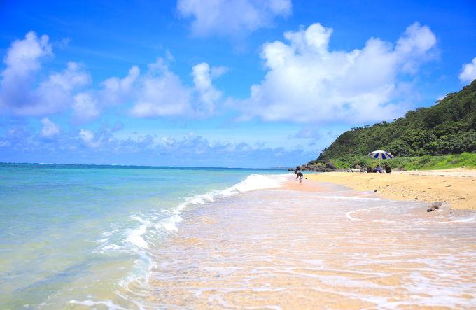 日中もサンセットも美しい!久米島の隠れビーチ「アーラ浜」 | 沖縄県 ...