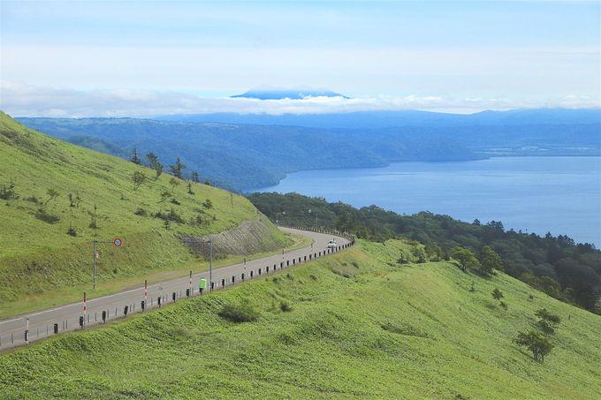 北海道の雄大な自然を象徴する「道」