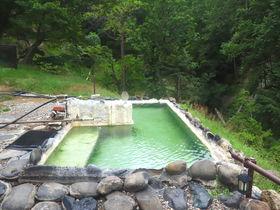 3色の内湯と極上露天風呂!道東の秘湯「幌加温泉 湯元鹿の谷」