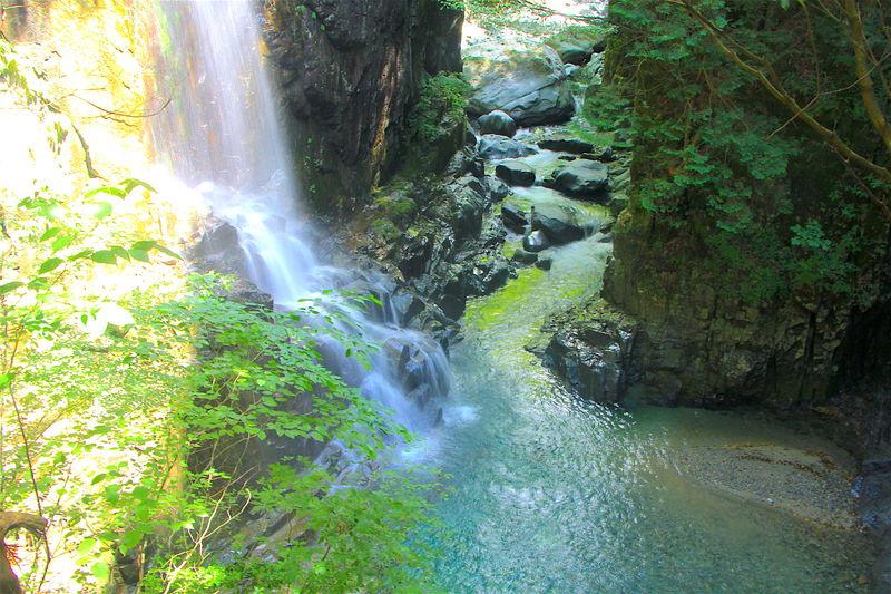 の渓流に癒される!岐阜の秘境「付知峡」ハイキング