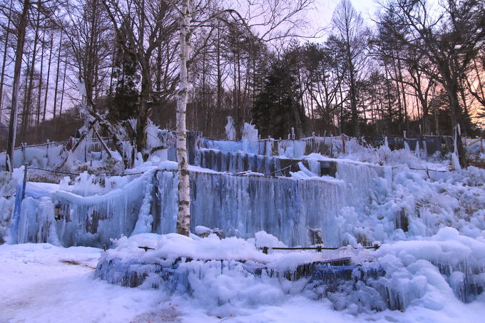日没1時間前から冬の芸術作品を鑑賞しよう!