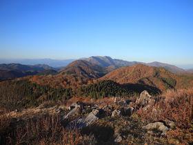 紅葉と大展望が待つ!滋賀「高室山」へ秋山登山