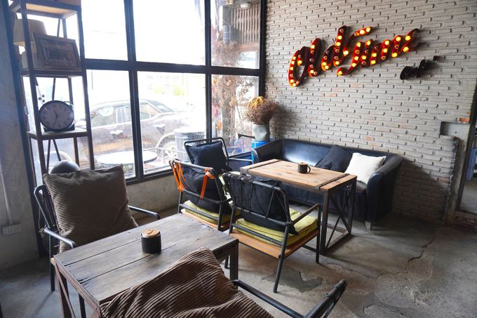 チュンポーンで一際おしゃれなカフェでのんびり過ごす