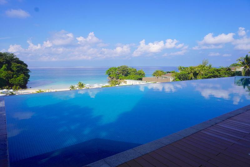 世界のベストビーチを堪能!フィリピン・ボラカイ島のクリムゾンステイ