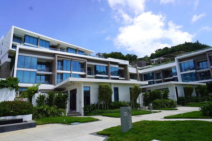 プライベートビーチを持つ5つ星ホテル「クリムゾン リゾート&スパ ボラカイ」