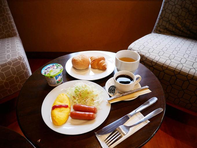 無料のサービス朝食でお腹いっぱい