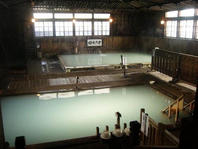 日本屈指の名湯「ヒバ千人風呂」