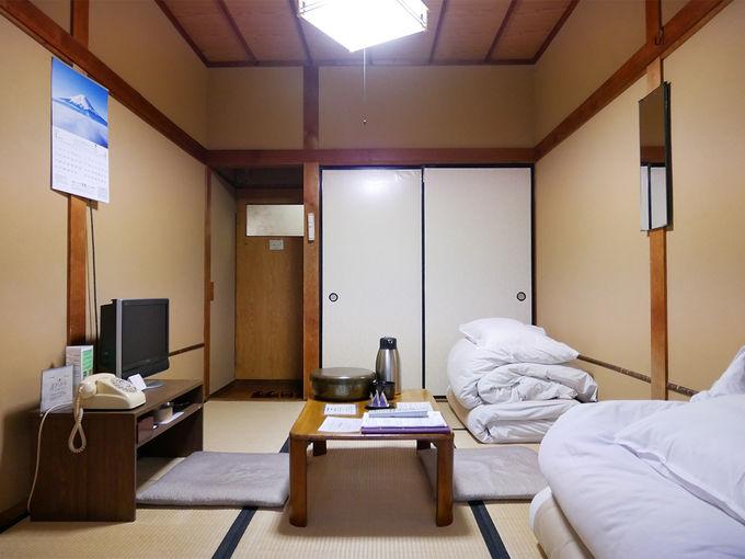 宿泊は旅館棟と湯治棟から選べます