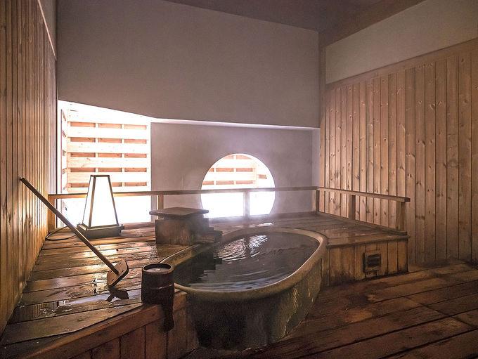 大浴場や貸切風呂も楽しめる