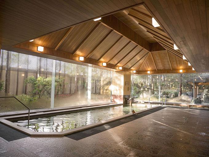 広々した温泉大浴場