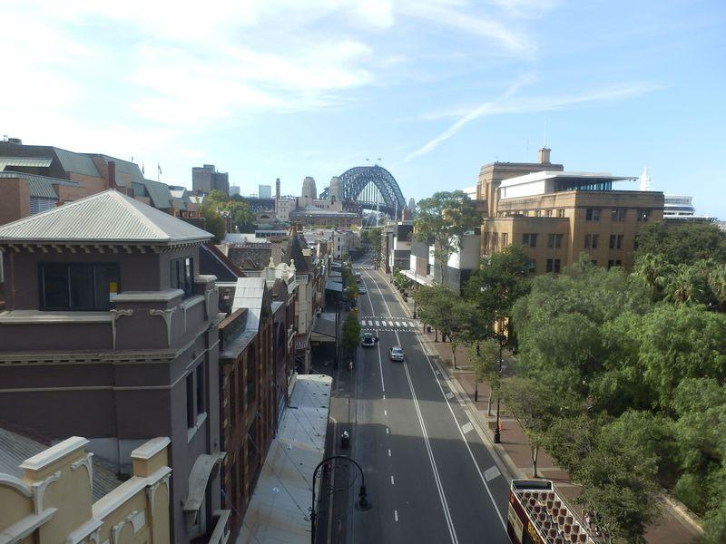 シドニーの定番オペラハウスとハーバーブリッジを望む散歩コース