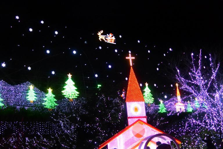 クリスマスの時期にぴったりな「スノーワールド」!