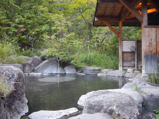 中房温泉の一番高い場所にある野天風呂月見の湯