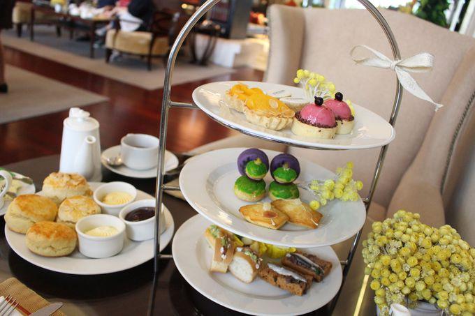 紅茶と共に色鮮やかなスイーツを満喫