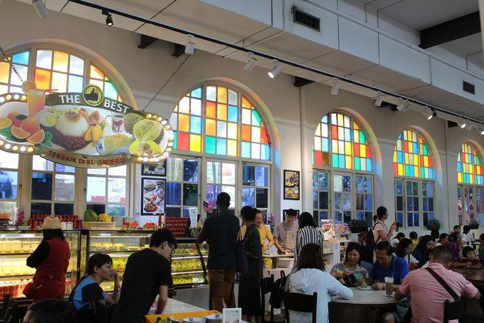 ドリアンケーキが人気の「ARCH Cafe」