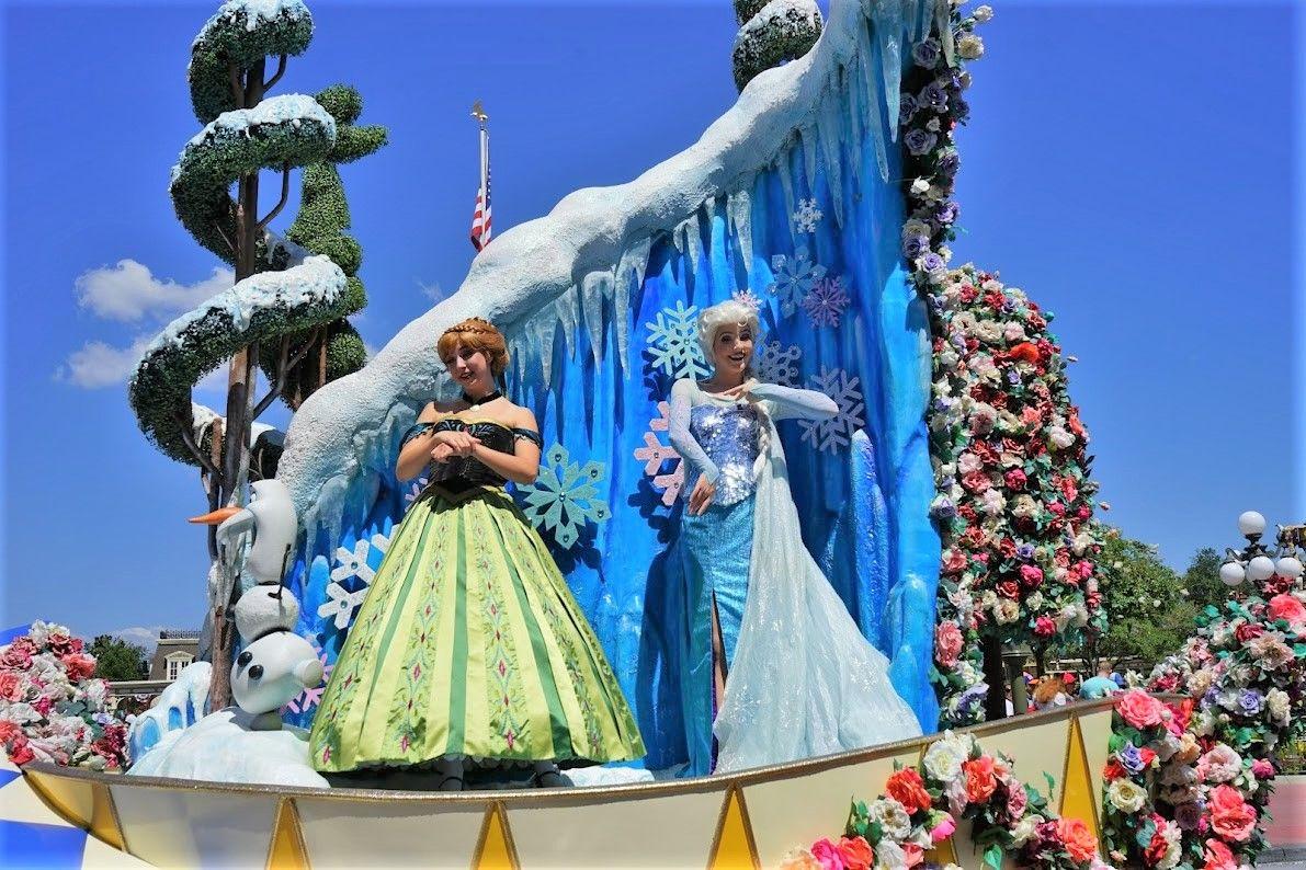 パレードも見たい!「ディズニー・フェスティバル・オブ・ ファンタジー・パレード」