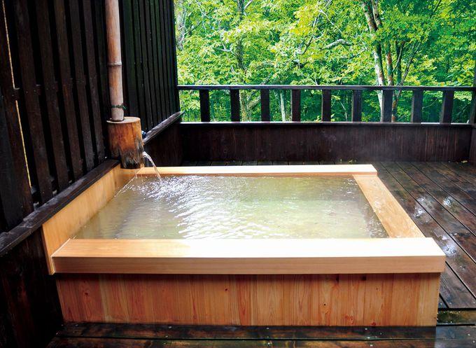 一番人気!森を仰ぐ貸切風呂