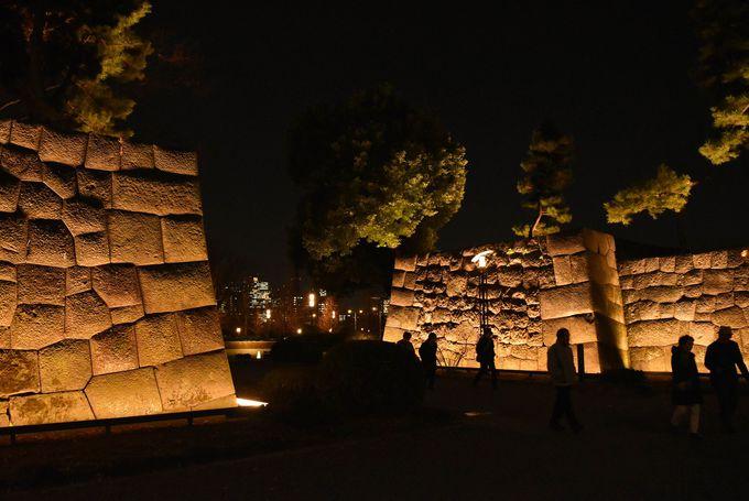 和田倉噴水公園の石垣がまるで古代遺跡のよう