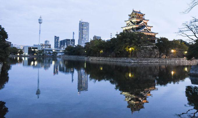広島城天守と広島市街のコントラストが美しい!