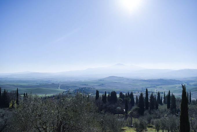 世界遺産オルチャ渓谷を見渡す展望スポット