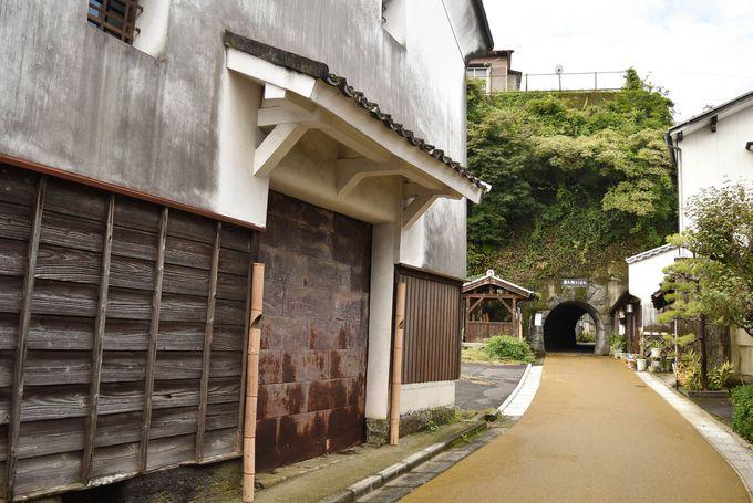 歴史情緒あふれる城下町で水に癒される