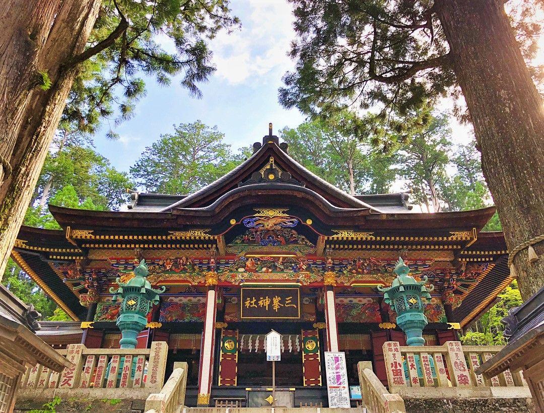 秩父・三峯神社の「御眷属拝借」神様の使い「狼」をレンタルできる!?