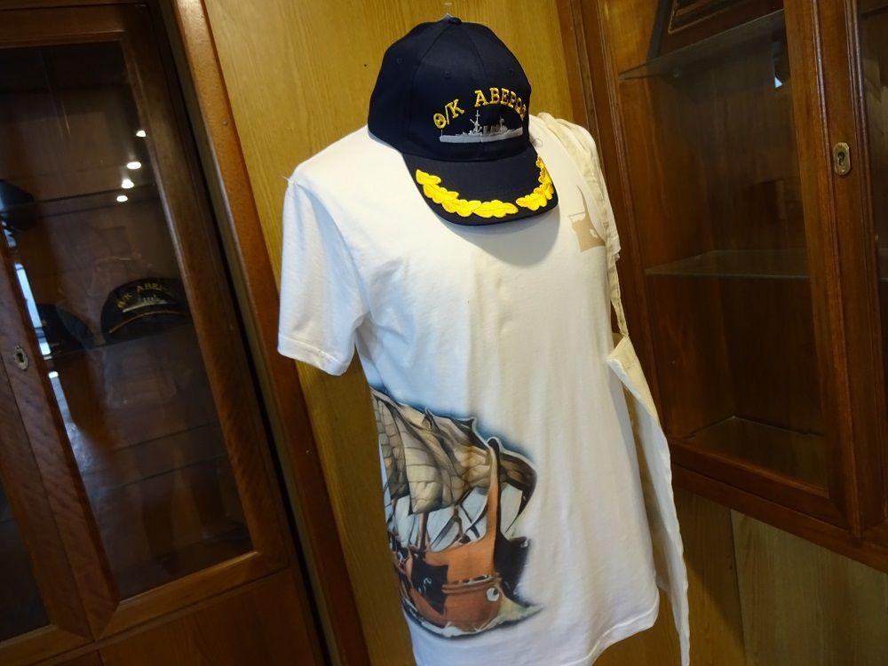 今も愛されるギリシャ海軍のシンボル