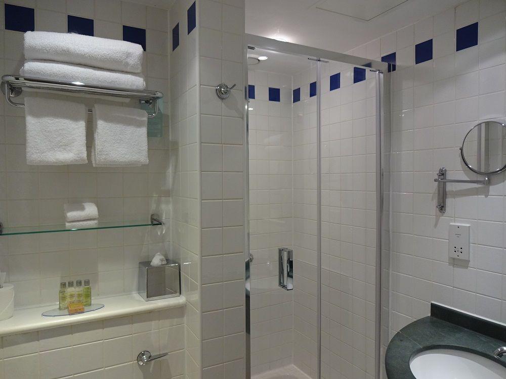 都会的でスマートな客室&ビジネスにも使いやすい設備