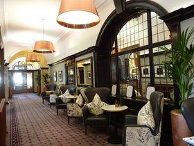 中世の城壁前!英・古都ヨークの5つ星ホテル「ザ・グランド」