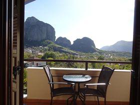 絶景が嬉しい!ギリシャ世界遺産メテオラ「ドウピア二・ホテル」