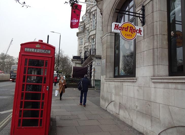 意外にもロンドンが発祥地!ハードロックカフェ第1号店へ