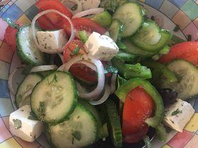 食卓がギリシャ・グルメに変身!旅気分を味わう魔法のレシピ3品
