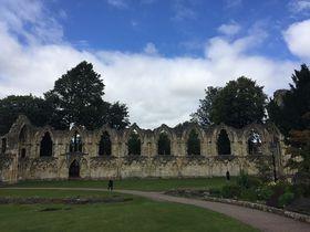 英・中世の城塞都市ヨーク ローマ人やバイキングもいた街へ!