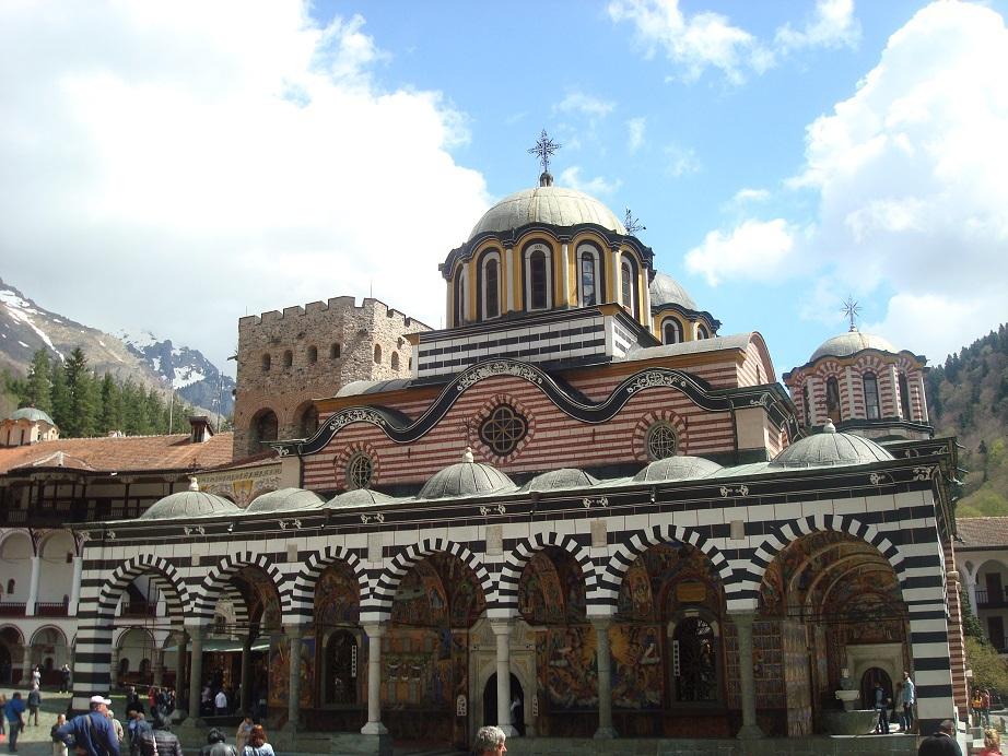 オスマン・トルコの侵略にも耐えた、ブルガリア人が誇る聖地