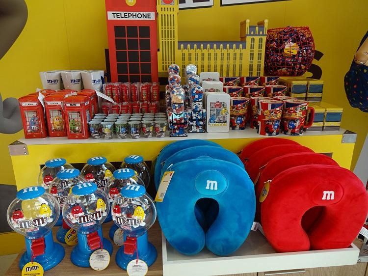 世界中で愛されるチョコレート菓子の「M&M'Sワールド」