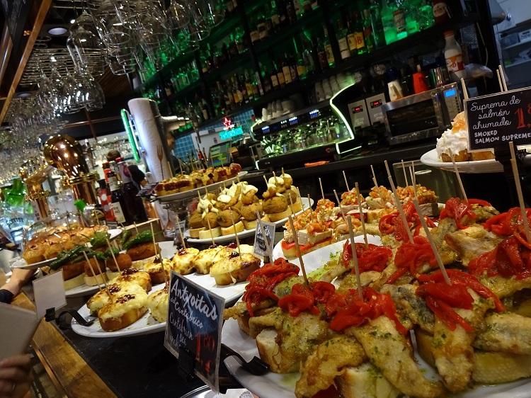 バスク地方の美食を堪能!リベラ屋内マーケットへ行こう