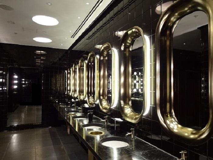 テムズ川を見晴らすロケーションが最高!洗練の5つ星ホテル