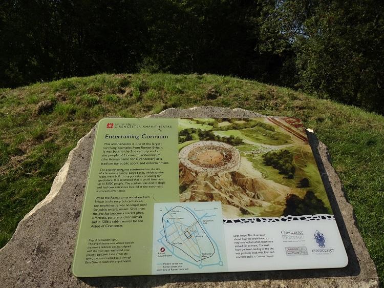 ウォーキング気分で、ローマ時代の円形闘技場だった遺跡へ!