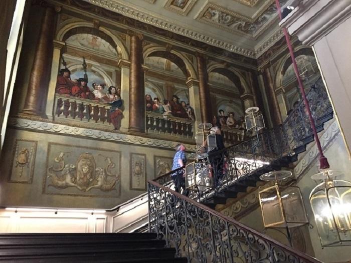 故ダイアナ妃も住んでいた王室居城、ケンジントン宮殿へ!