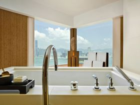 絶景バスルームに感動!香港の隠れ家ホテル「ジ・アッパーハウス」