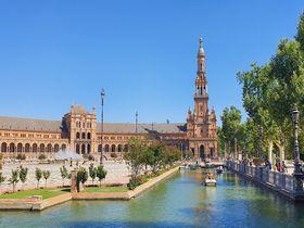 セビリア「スペイン広場」は息を呑むほどの美しさ!
