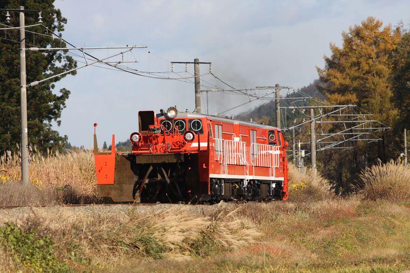 今も残るスイッチバック+冬は「排雪列車」も走る!…新潟県上越豪雪地帯の旅〜JR信越本線乗り撮り歩き