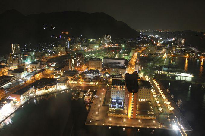 港も、関門海峡も一望!!…「門司港レトロ展望室」