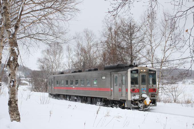 絶景を列車で堪能するには…
